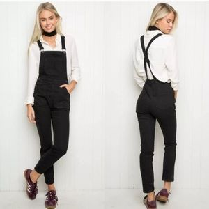 Brandy Melville jeans overalls black Sz xs (s901)